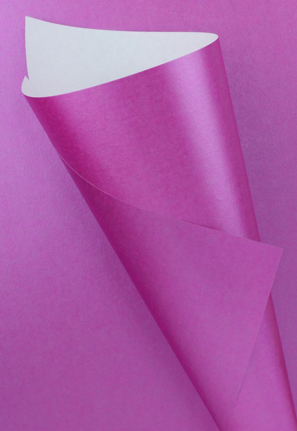 Pearlescent Pearlescent Fuchsia Pink Paper 90gsm